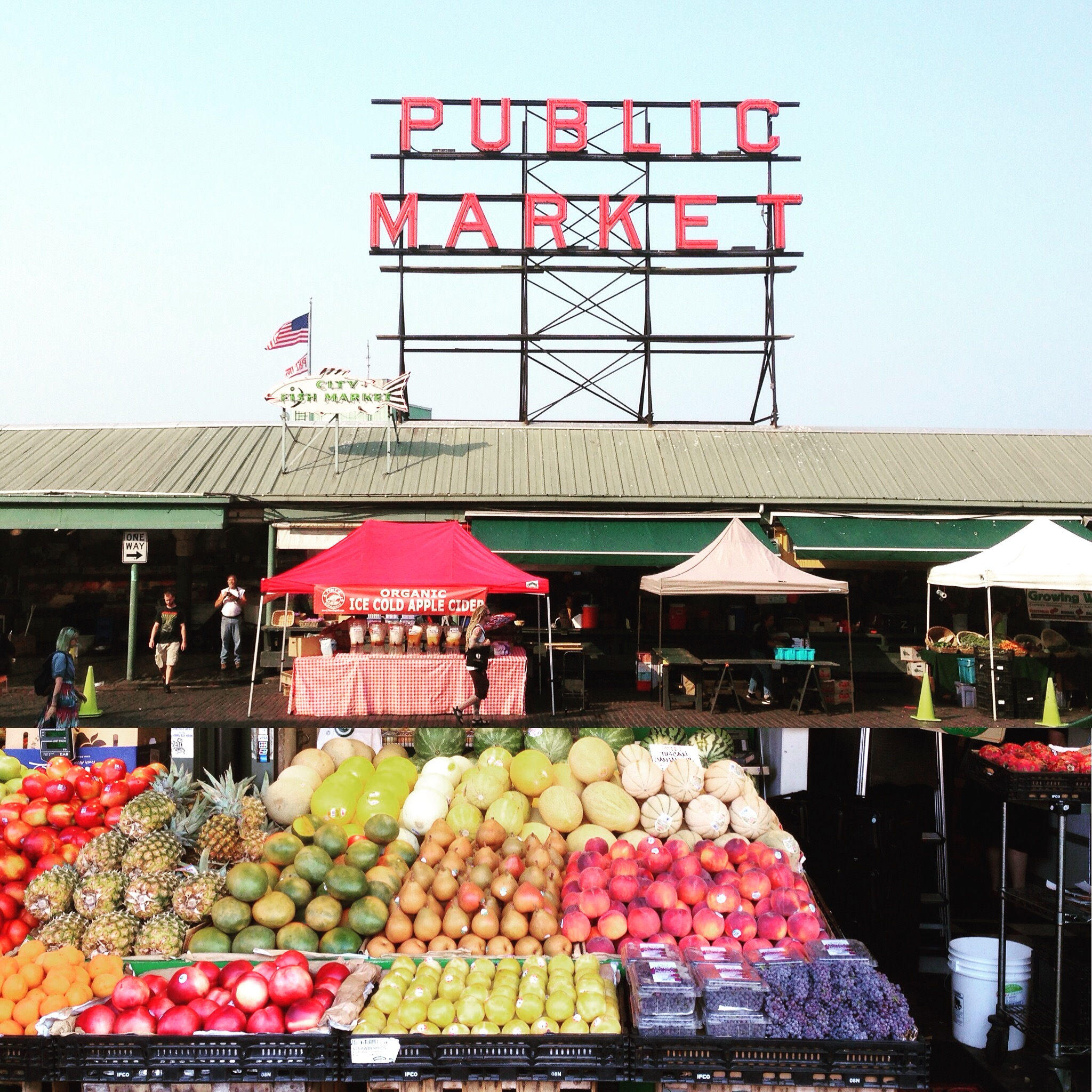 Pike Place Market And The Gum Wall