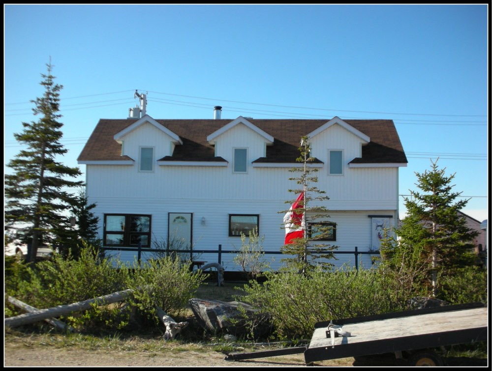 Blue Sky B&B - Churchill, Manitoba, Canada