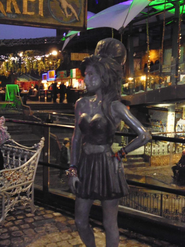 Tribute to Camden's famous resident - Amy Winehouse - Unseen Tours