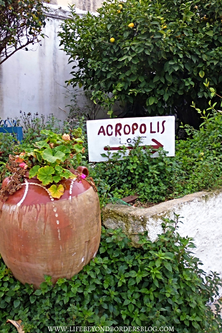 Tiny streets of Anafiotika in Plaka district of Athens: the way to the Acropolis