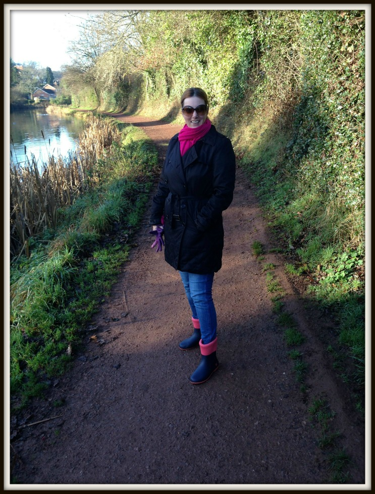 Wearing my Navy & Coral Eton Wellies in the countryside