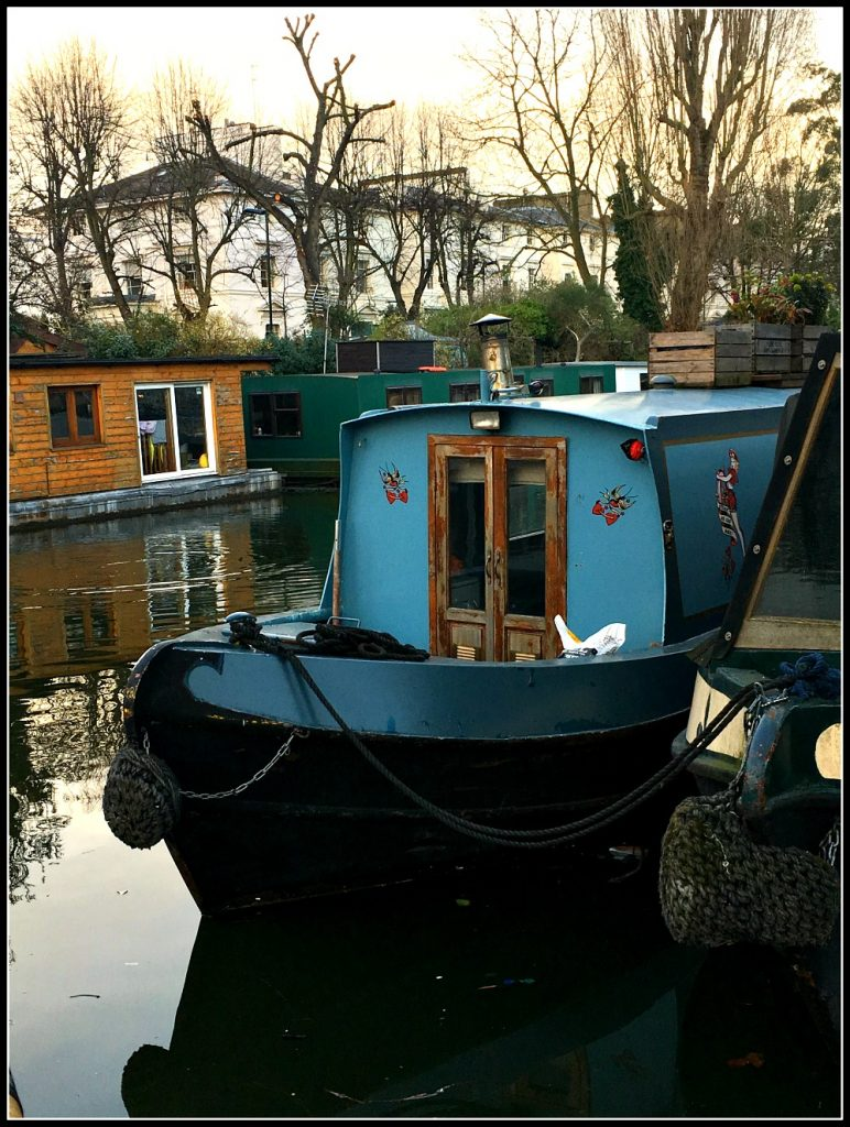 Barbara canal boat - Boutique Barges. Life Beyond Borders