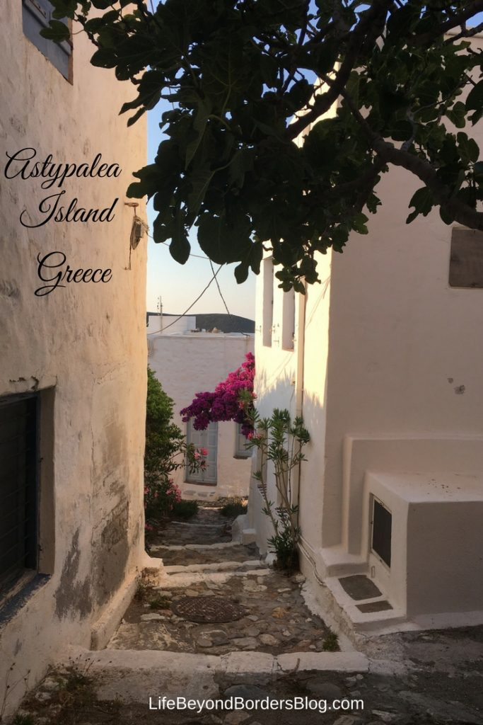 Come and explore Astypalea Island, a little known island in Greece. Gorgeous and quaint, it really is the Greek island getaway you've been waiting for