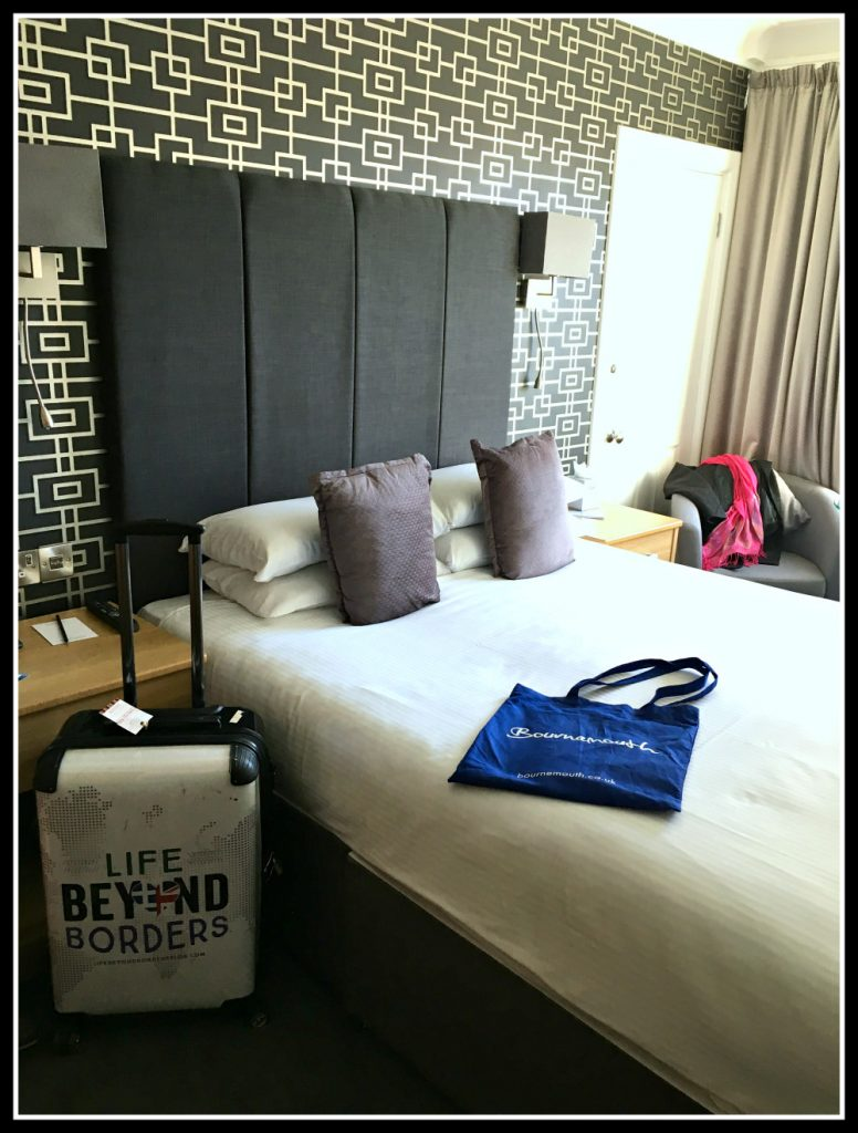 Double room at Cumberland Hotel - Bournemouth - Dorset - UK - LifeBeyondBorders