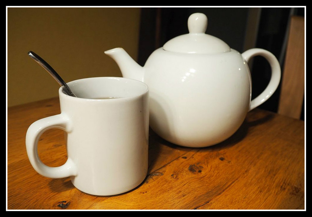 Serve the tea to your houseguests in the Netherlands Image © Rachel's Ruminations